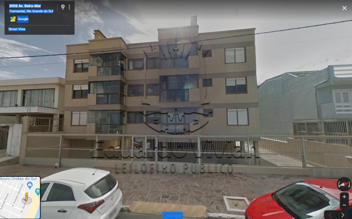 Condomínio Edifício Marlin Negro, Av. Beira Mar, em Tramandaí,  o box de estacionamento 02, coberto.